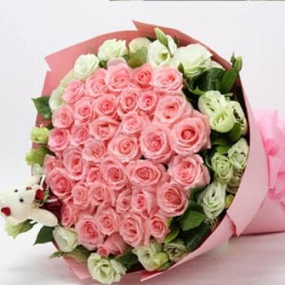 """Букет """"Леди"""" из роз и эустомы"""