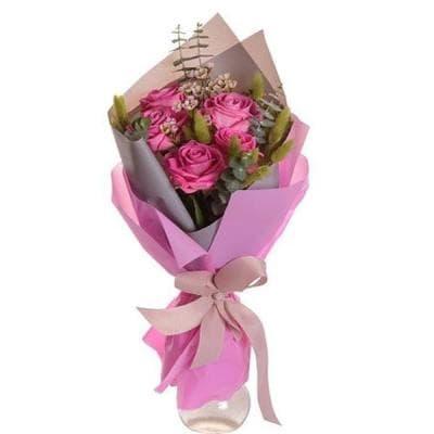 Букет 5 розовых роз