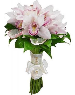 Букет невесты из 11 орхидей