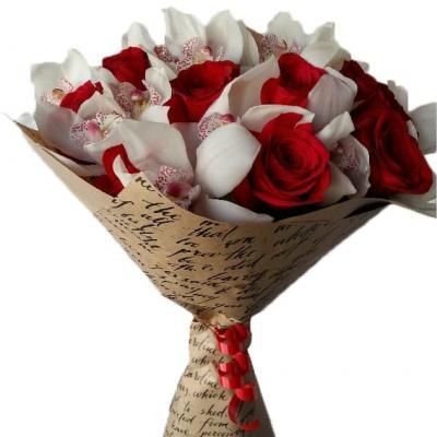"""Букет из роз и орхидей """"Соблазн"""""""
