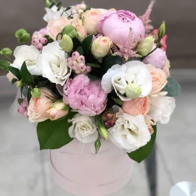 """Цветы в коробке """"Нежность"""""""
