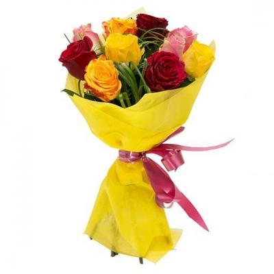 9 разноцветных роз