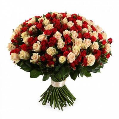 Охапка из 101 розы